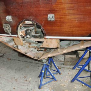 Einpassen der Neuteile: Kimmweger, Längsspanten, Unterwasserschiff